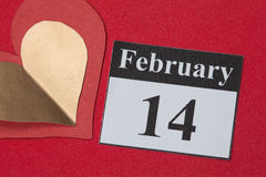 14. Februar Valentinstag, Herz vom roten Papier Stockbild