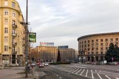 27 februari 2017 - Belgrado, Servië - een vierkant in het centrum van Belgrado vroeg in de ochtend Royalty-vrije Stock Foto