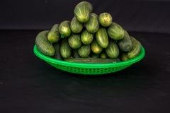 22, Februari 2017 Dalat--komkommervruchten en zwarte achtergrond Royalty-vrije Stock Fotografie