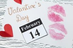 14 februari, de dag van Valentine, hart van rood document Stock Afbeelding