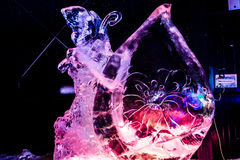 Februari 2013 - Harbin, China - Mooie ijsstandbeelden bij het Festival van de Ijslantaarn Stock Foto