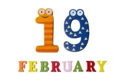 Februari 19 på vita bakgrund, nummer och bokstäver Arkivbild
