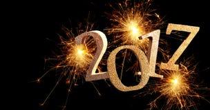 Fecha chispeante del Año Nuevo de los fuegos artificiales 2017 Imágenes de archivo libres de regalías