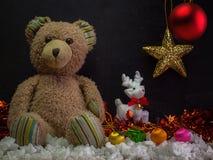 Fecha del Año Nuevo, oso de peluche Fotos de archivo libres de regalías