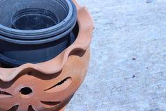 Fechado acima do potenciômetro de argila Foto de Stock