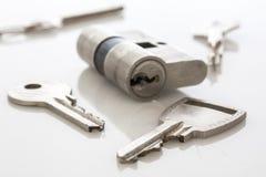 Fechadura da porta e chaves Fotografia de Stock Royalty Free