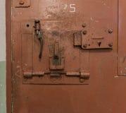 Fechadura da porta na prisão velha Fotografia de Stock Royalty Free