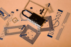 Fechamento da cifra em etiquetas do RFID Imagem de Stock Royalty Free