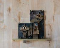Fechamento de bronze velho aberto Imagens de Stock Royalty Free