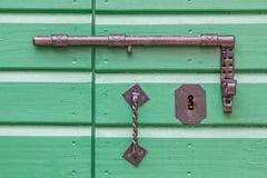 Fechamento de porta de madeira velho Fotografia de Stock Royalty Free