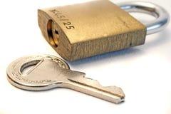 Fechamento e chave Fotografia de Stock Royalty Free