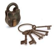 Fechamento e chaves no branco Imagem de Stock