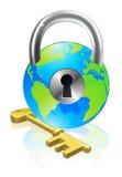 Fechamento e globo da chave Imagem de Stock Royalty Free