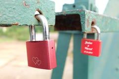 Fechamento vermelho do amor Imagem de Stock