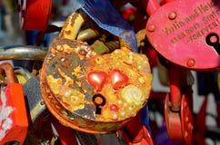 Fechamentos coloridos do casamento Imagens de Stock Royalty Free