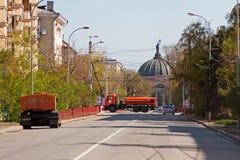 Fechamentos da estrada antes do feriado em Volgograd Imagens de Stock Royalty Free
