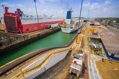 Fechamentos de Gatun, canal de Panamá Este é o primeiro grupo Foto de Stock Royalty Free