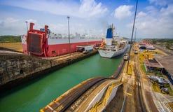 Fechamentos de Gatun, canal de Panamá Este é o primeiro grupo Imagem de Stock