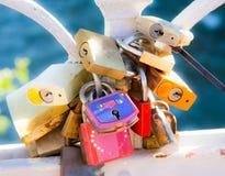 Fechamentos do amor Imagens de Stock Royalty Free