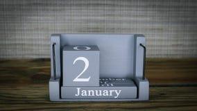 24 fechas de determinación en el calendario de madera del cubo por los meses de enero almacen de video