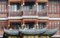 Feche acima da arquitetura de madeira tradicional do estilo chinês Fotografia de Stock