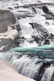 Feche acima da cachoeira de Gullfoss em Islândia imagens de stock royalty free