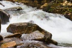 Feche acima da cachoeira em Tailândia Foto de Stock Royalty Free