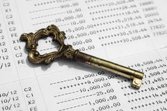 Feche acima da caderneta bancária de conta da economia Imagens de Stock