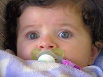 Feche acima da cara & do olho do bebê Imagens de Stock Royalty Free