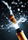 Feche acima da cortiça do champanhe imagens de stock