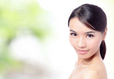 Feche acima da face asiática bonita da mulher Fotografia de Stock Royalty Free