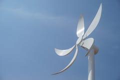 Feche acima da fonte de energia do vento turbine fotografia de stock royalty free