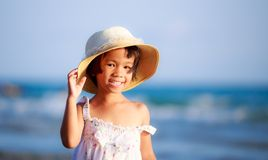 Feche acima da foto da menina asiática pequena bonito Fotos de Stock Royalty Free
