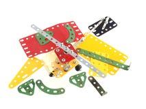 Feche acima da foto dos componentes usados para construir os brinquedos modelo imagens de stock royalty free