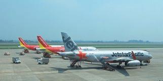 Feche acima da ideia de uma área de aterrissagem de Noi Bai International Airport na capital de Hanoi Imagem de Stock Royalty Free