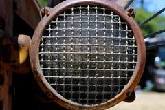 Feche acima da imagem do farol diesel do trator TD14 Foto de Stock