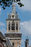 Feche acima da louça de Delft da torre dos stadhuis do oude Fotos de Stock Royalty Free