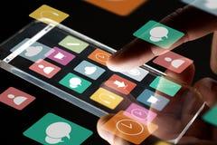 Feche acima da mão do homem de negócios com smartphone de vidro Fotos de Stock Royalty Free