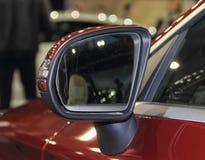 Feche acima da opinião de verso do espelho retrovisor Fotografia de Stock