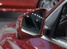 Feche acima da opinião de verso do espelho retrovisor Fotos de Stock