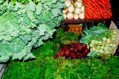 Feche acima da opinião os vendedores pequenos que vendem bens nos mercados em Sri Lanka Fotografia de Stock Royalty Free