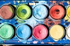 Feche acima da paleta dos watercolours Fotos de Stock