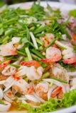 Feche acima da salada picante dos Vidro-macarronetes Fotos de Stock