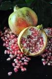 Feche acima da semente cor-de-rosa da romã Fotos de Stock Royalty Free
