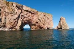 Feche acima da vista da rocha de Perce, Gaspesie Imagens de Stock