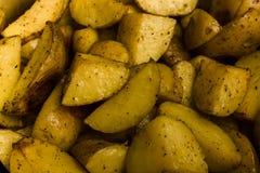 Feche acima da vista de batatas suportadas como o teste padrão fotografia de stock