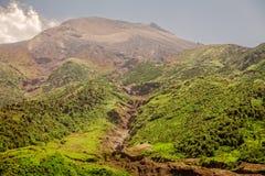 Feche acima da vista do vulcão de Tungurahua, Ámérica do Sul Fotografia de Stock