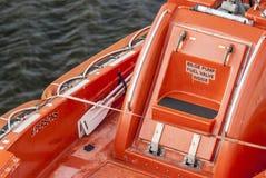 Feche acima da vista em um barco salva-vidas Fotografia de Stock Royalty Free
