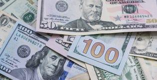 Feche acima das cédulas dos EUA, 100 a nota do dólar americano, 50 as notas do dólar americano, 20 notas do dólar americano Fotografia de Stock