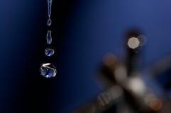 Feche acima das gotas da água imagens de stock